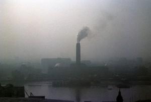 london-smog-by-Paul-Lowry (1)